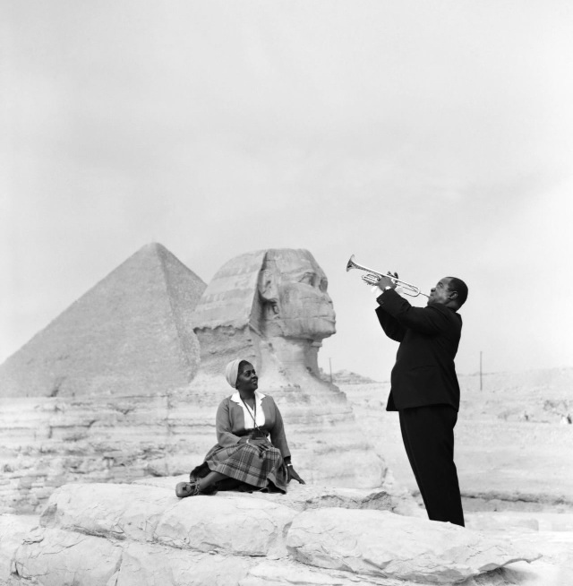 Louis Armstrong plays for his wife Lucille